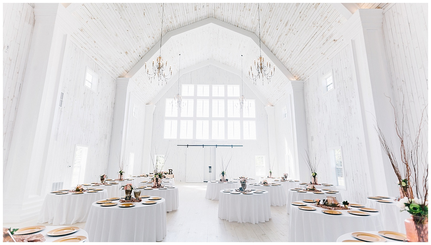 What To Ask Your Wedding Venue The White Sparrow Barn