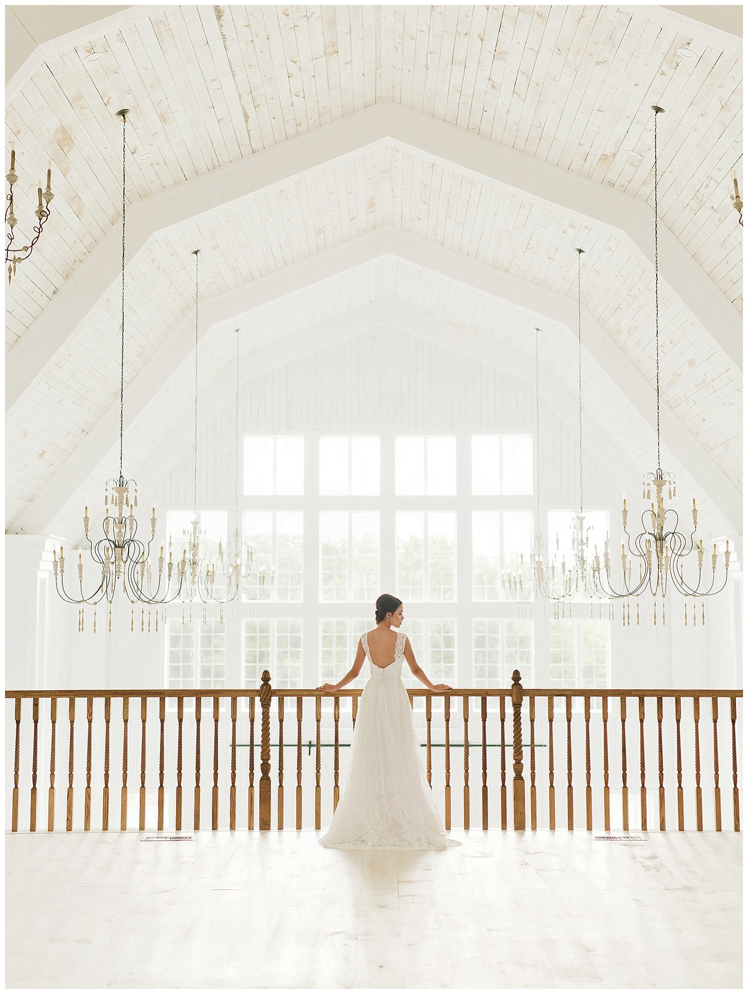 Top Ten Photos To Capture At Your Barn Wedding Venue The White Sparrow Barn