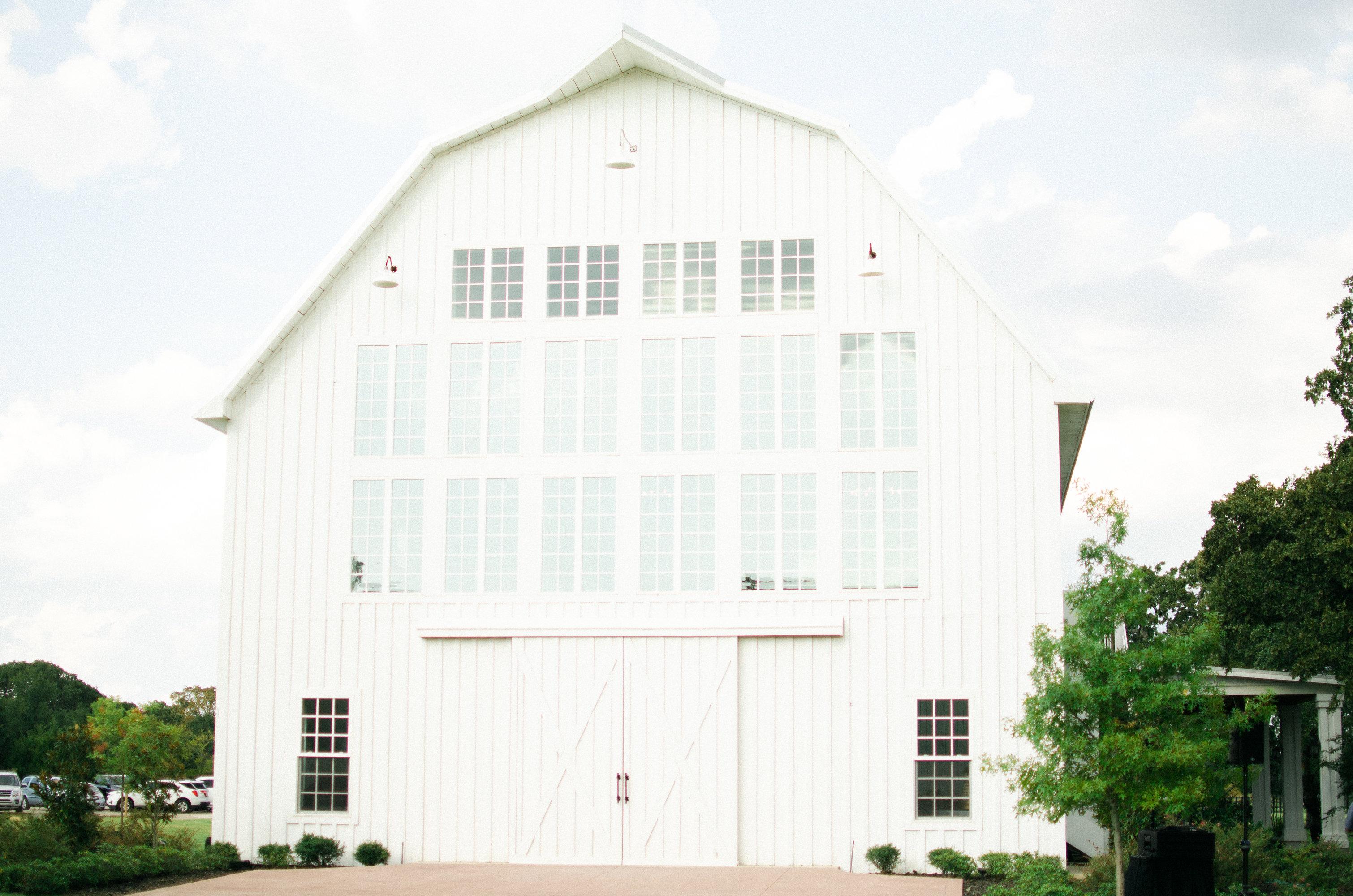 Wedding Venue | The White Sparrow Barn