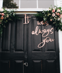 Fan of Quotes? You'll Love these Wedding Decor Ideas