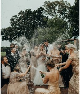 Holly and Zach stunning wedding day…